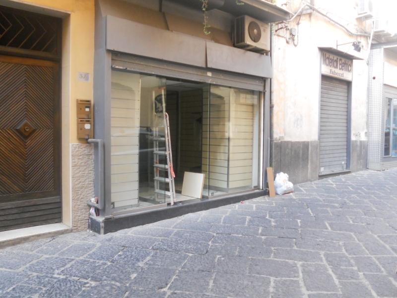 Negozio / Locale in affitto a Aversa, 1 locali, prezzo € 450 | CambioCasa.it