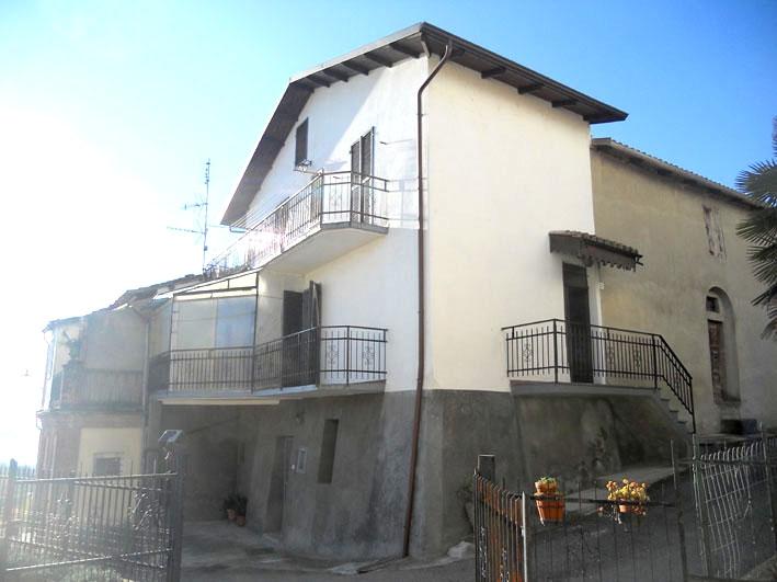 Villetta a schiera da ristrutturare in vendita Rif. 4987868