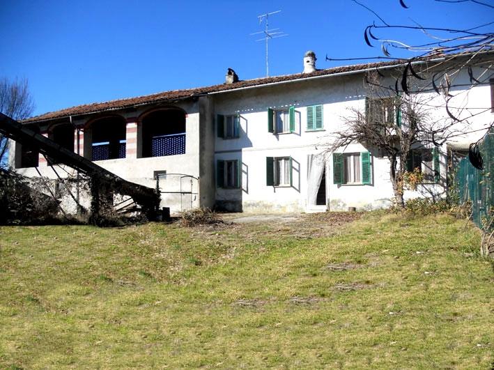 Pontestura vendesi rustico 7 vani 178 Mq zona Rocchetta