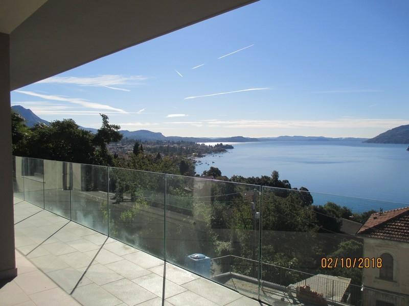 Appartamento in vendita a Verbania, 7 locali, prezzo € 700.000 | PortaleAgenzieImmobiliari.it