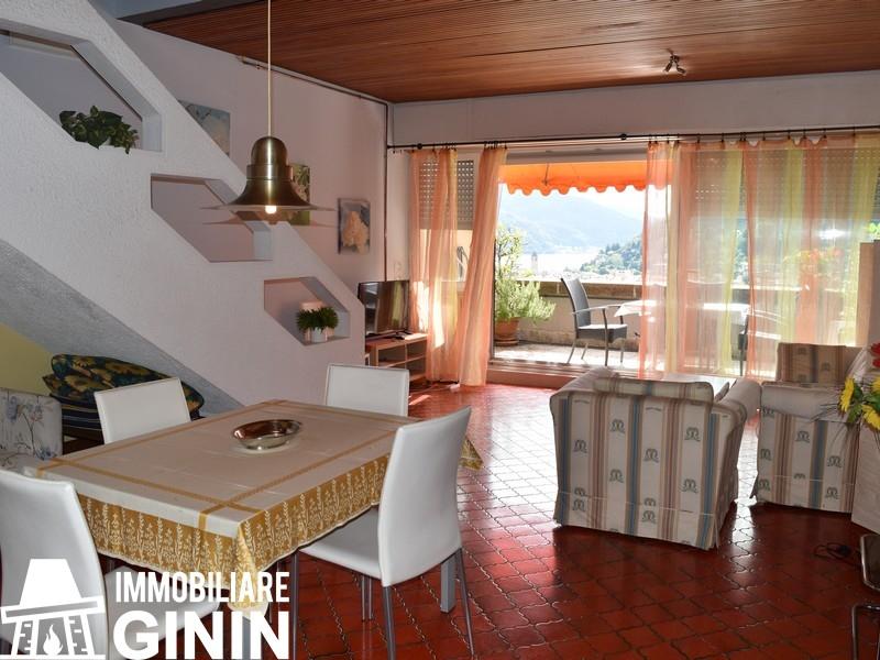 Appartamento in vendita a Cannobio, 2 locali, prezzo € 260.000 | CambioCasa.it