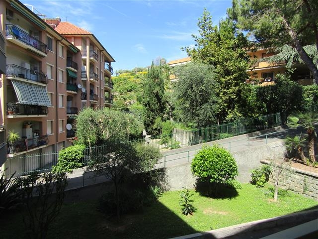 Appartamento in vendita a Bordighera, 3 locali, prezzo € 129.000 | PortaleAgenzieImmobiliari.it
