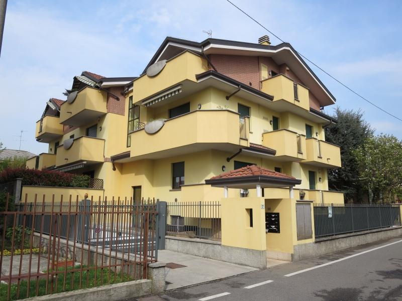 Appartamento in vendita a Nova Milanese, 3 locali, prezzo € 188.000 | CambioCasa.it