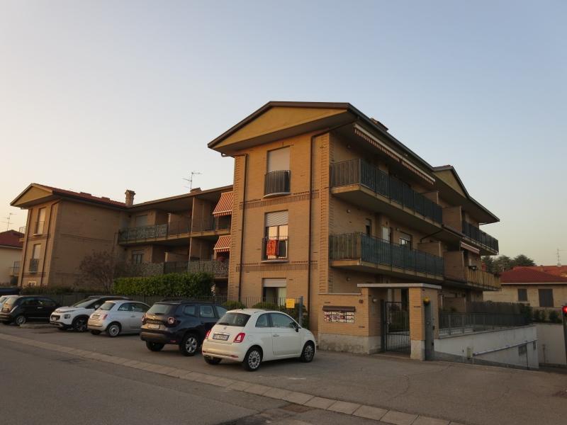 Appartamento in affitto a Giussano, 2 locali, zona Zona: Paina, prezzo € 550   CambioCasa.it