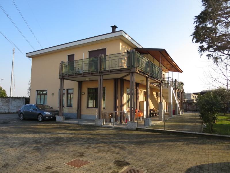 Laboratorio in vendita a Desio, 6 locali, prezzo € 830.000 | CambioCasa.it
