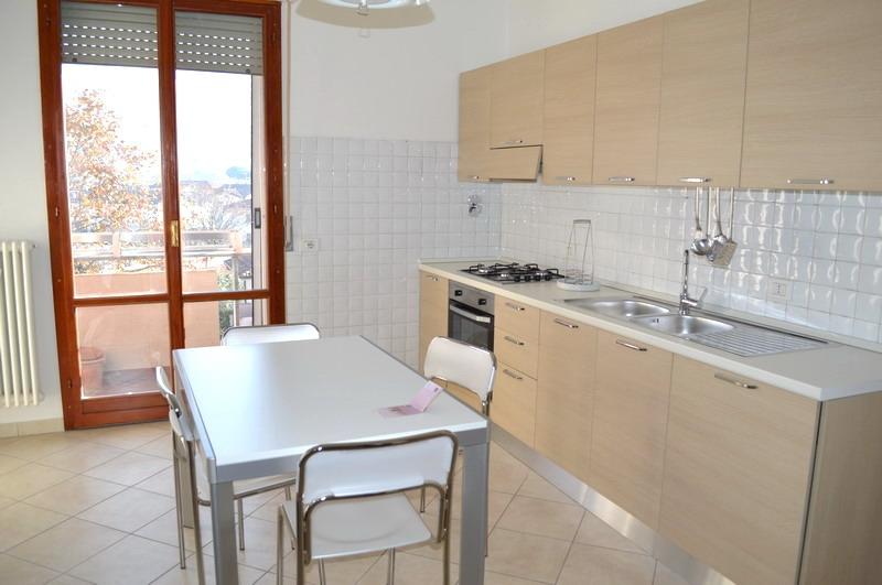 Appartamento ristrutturato arredato in affitto Rif. 4992113