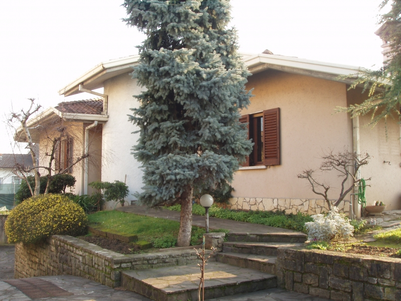 Villa da ristrutturare in vendita Rif. 12126870