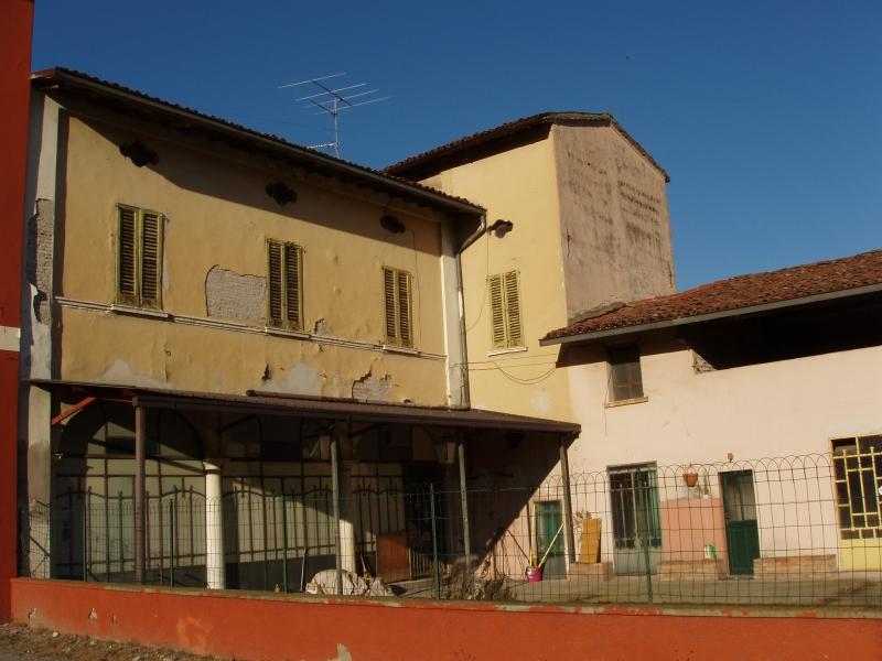 Rustico / Casale in vendita a Capriano del Colle, 15 locali, zona Zona: Fenili Belasi, prezzo € 490.000   CambioCasa.it