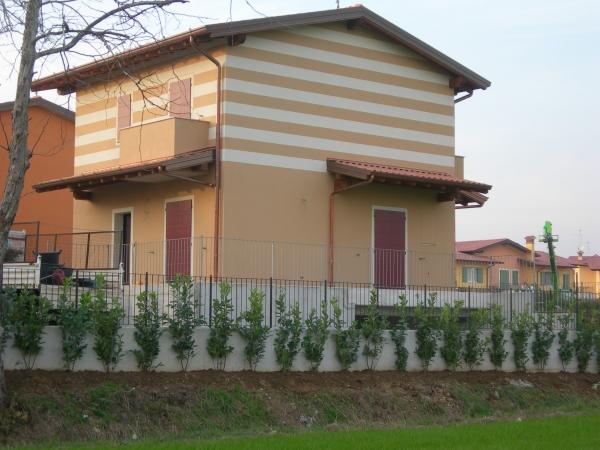 Villa in vendita a Torbole Casaglia, 4 locali, prezzo € 430.000   CambioCasa.it
