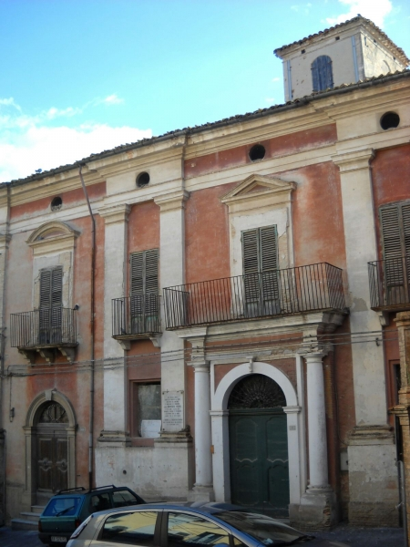 Stabile / Palazzo in discrete condizioni in vendita Rif. 4054951