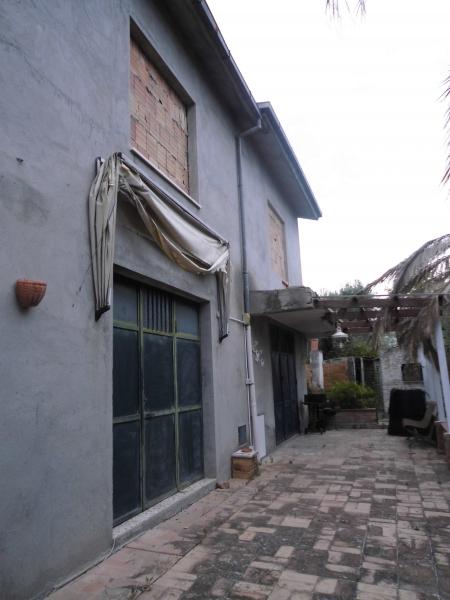 Vasto vendesi casa indipendente 6 vani 220 Mq zona Vasto Paese