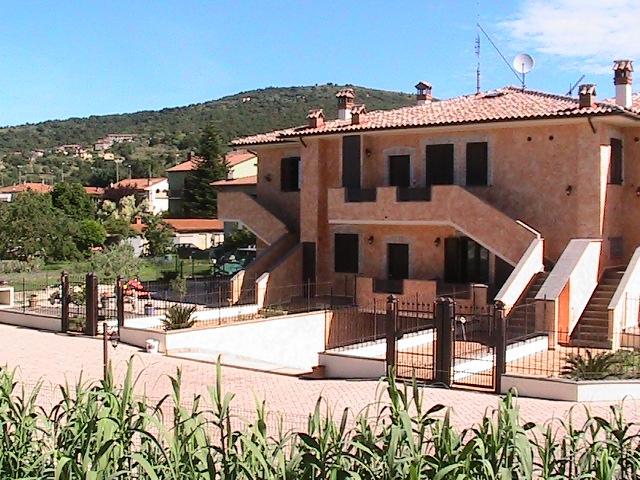 Appartamento in vendita a Passignano sul Trasimeno, 5 locali, prezzo € 155.000 | PortaleAgenzieImmobiliari.it