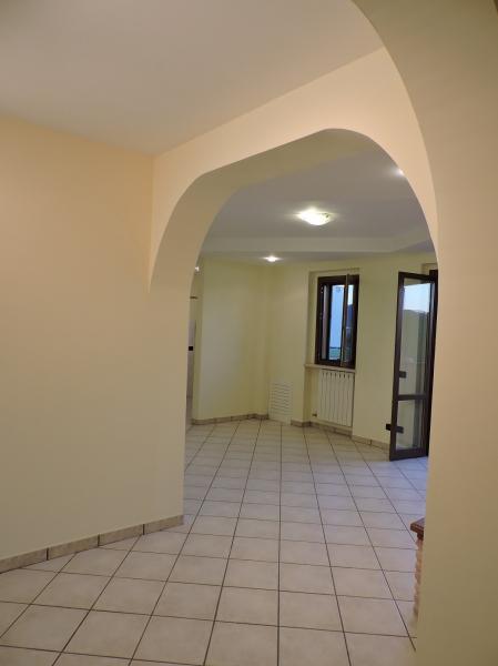 Appartamento da ristrutturare in vendita Rif. 4053126