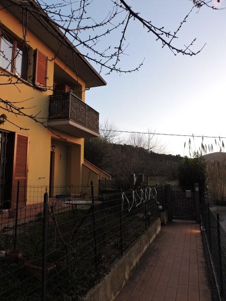 Appartamento in vendita a Magione, 5 locali, zona Località: Sant'Arcangelo, prezzo € 97.000 | PortaleAgenzieImmobiliari.it