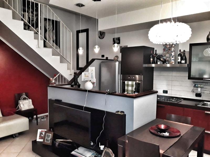 Appartamento da ristrutturare in vendita Rif. 10979218
