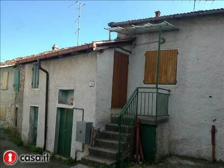 Casa Indipendente da ristrutturare in vendita Rif. 10979177