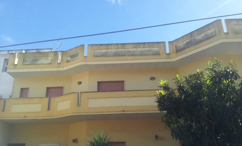 Appartamento 300 mq  in Vendita a Torchiarolo