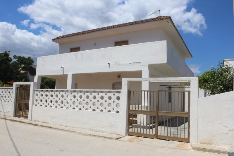 Appartamento da ristrutturare in vendita Rif. 10237002