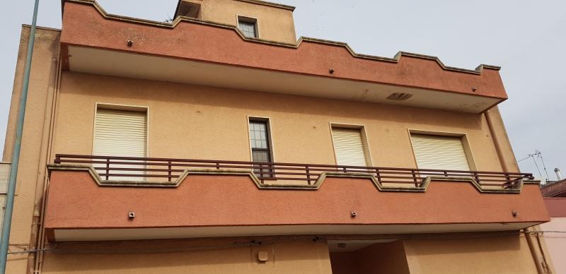 Appartamento da ristrutturare in vendita Rif. 11764704