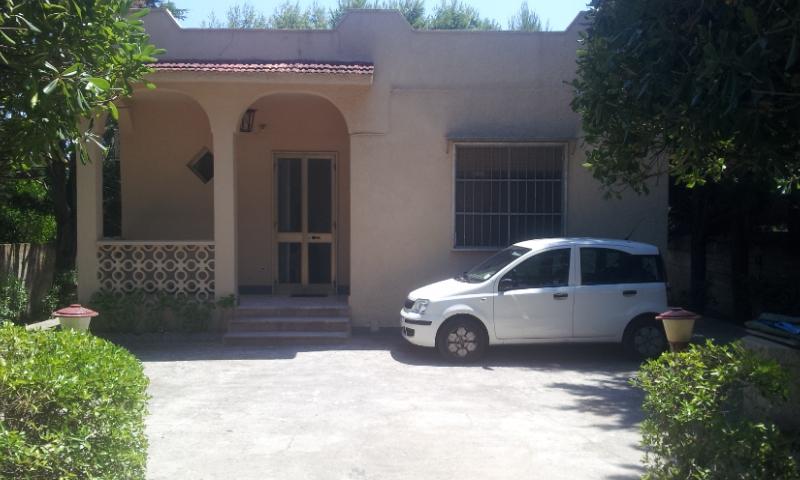 Appartamento da ristrutturare in vendita Rif. 10236986