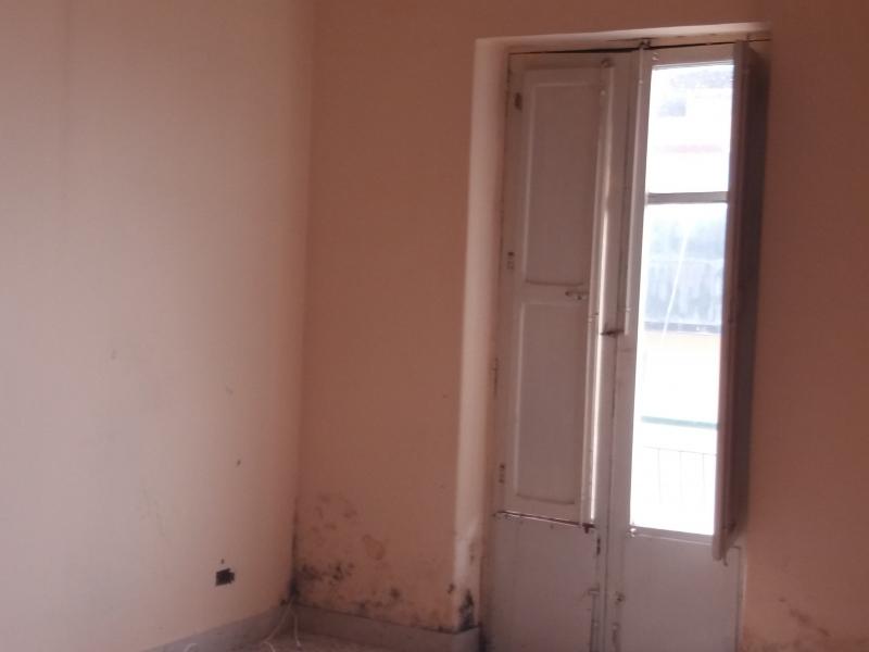 Appartamento in discrete condizioni in vendita Rif. 8672805