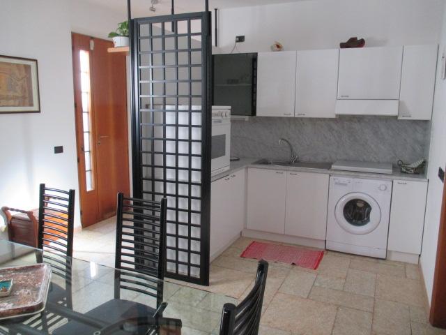 Appartamento cercasi Rif. 10889018