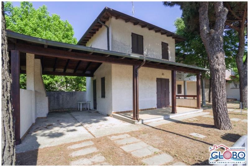 Villetta a schiera da ristrutturare arredato in vendita Rif. 8878391