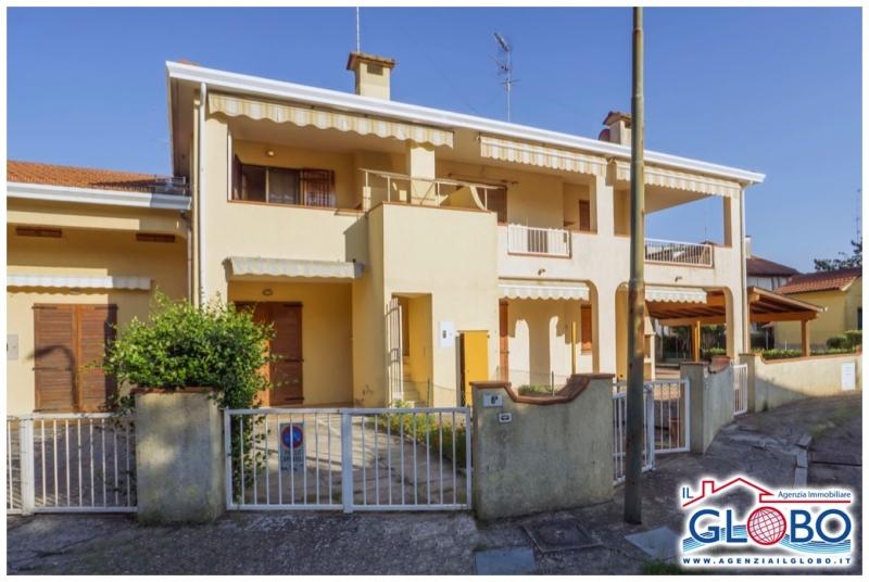 Villetta a schiera da ristrutturare arredato in vendita Rif. 8858299