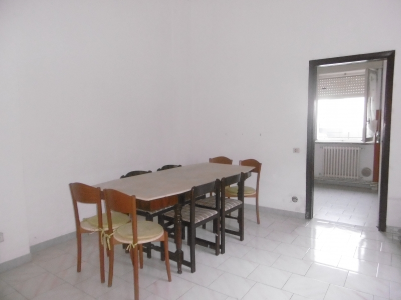 Appartamento da ristrutturare in vendita Rif. 11131097