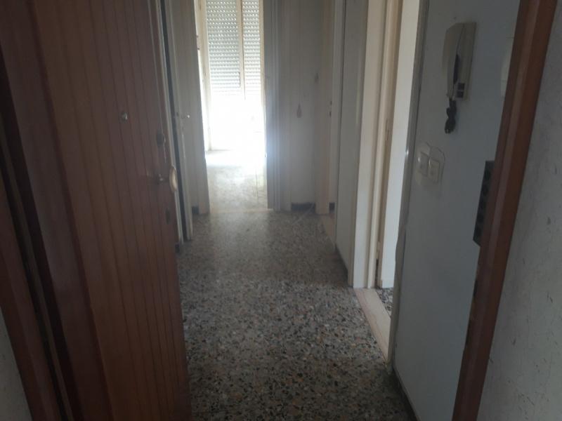 Appartamento in vendita a Montecatini-Terme, 3 locali, prezzo € 100.000 | CambioCasa.it