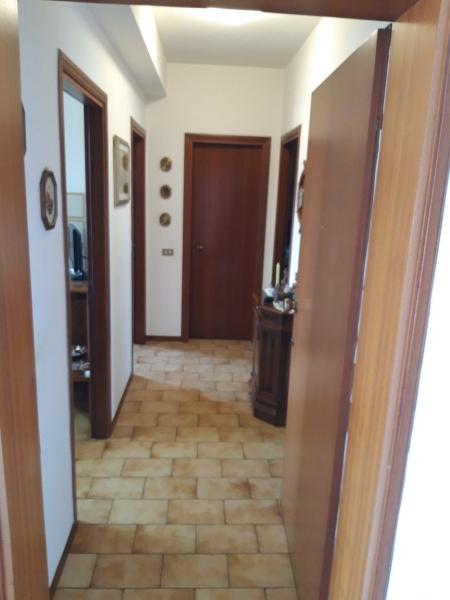 Appartamento in affitto a Pescia, 3 locali, zona Zona: Castellare, prezzo € 500   CambioCasa.it