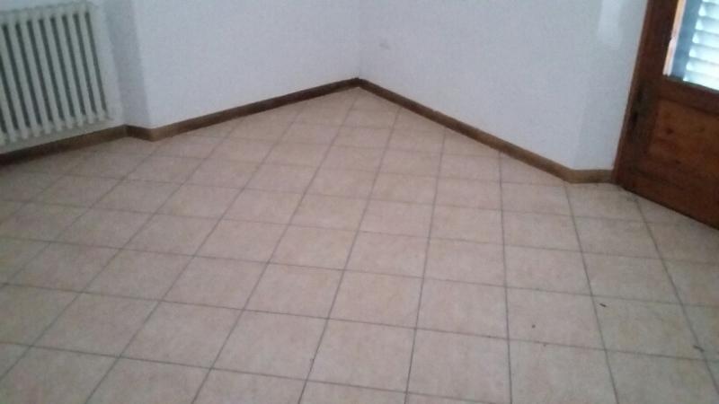 Appartamento in vendita a Montecatini-Terme, 3 locali, prezzo € 67.000 | CambioCasa.it