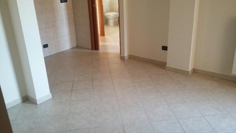 Appartamento in vendita a Uzzano, 3 locali, zona Zona: Santa Lucia, prezzo € 115.000   CambioCasa.it