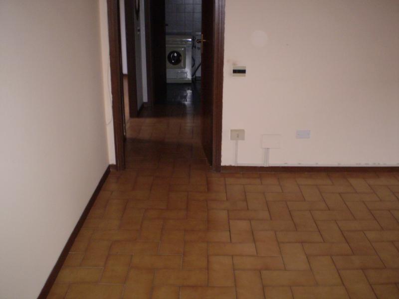 Appartamento in vendita a Montecatini-Terme, 3 locali, prezzo € 75.000 | CambioCasa.it