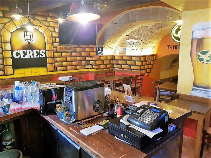 Orvieto centro - Vendesi attività di pub/ristorante lungo la via principale della città Rif. 10911424