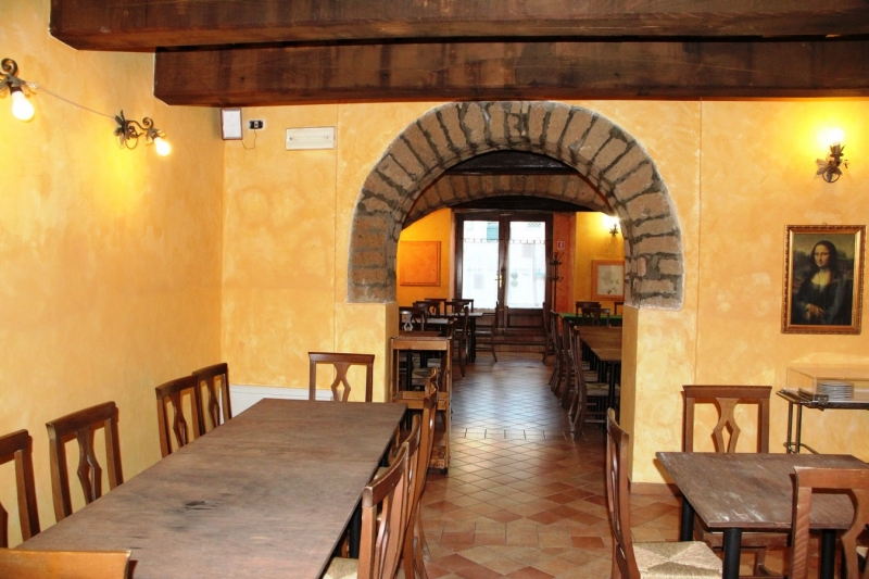 Orvieto centro - Vendesi caratteristico Ristorante lungo Corso Cavour. Proprietà disponibile anche in affitto. Rif. 4988828