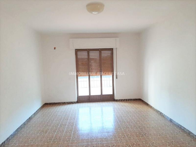 Appartamento da ristrutturare in vendita Rif. 11400072
