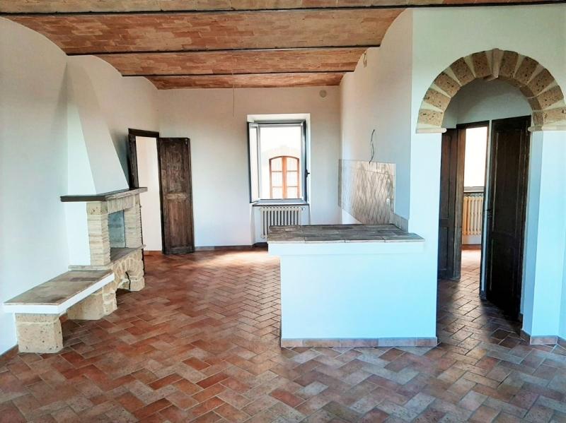 Appartamento ristrutturato in vendita Rif. 11155827