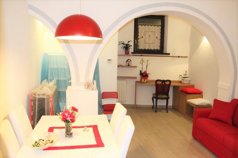 Orvieto centro - Affittasi grazioso mini-appartamento per uso turistico o per affitti mensili, breve termine.