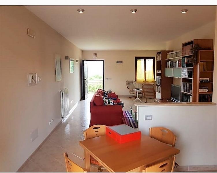 Appartamento ristrutturato in vendita Rif. 10828596