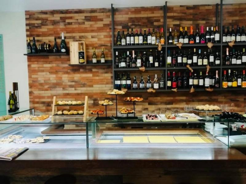 Orvieto scalo - Cedesi avviata attività di Bar  in zona ad alta densità abitativa e commerciale Rif. 10801271