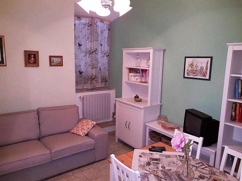 Appartamento da ristrutturare arredato in affitto Rif. 4057134