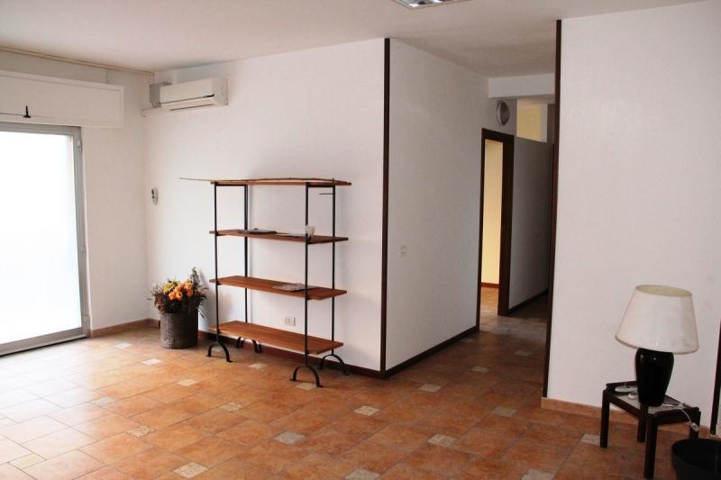Orvieto scalo - Affittasi locale uso ufficio. 60 mq. Piano terra. Disponibile anche in vendita Rif. 4987880