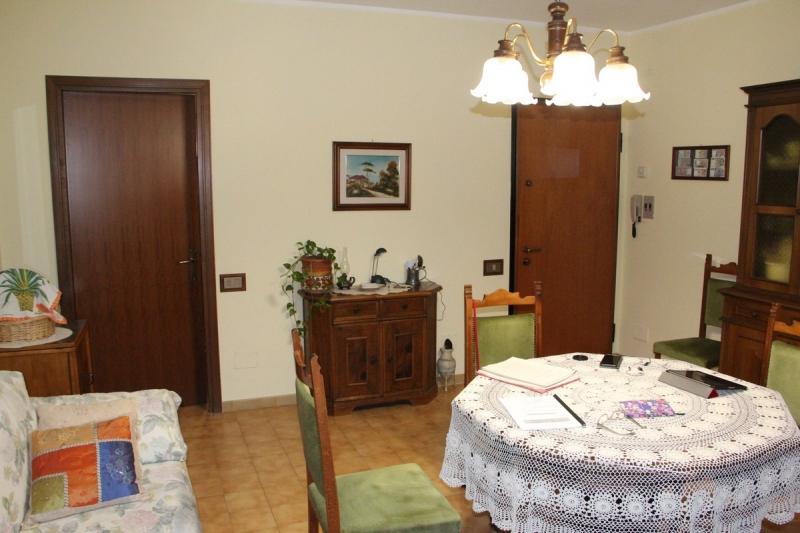 Appartamento da ristrutturare in vendita Rif. 10922971
