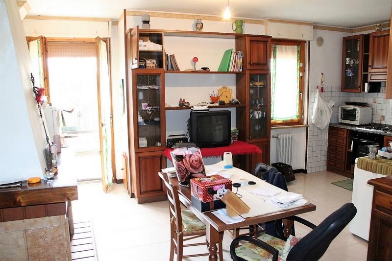 Appartamento da ristrutturare in vendita Rif. 10490634