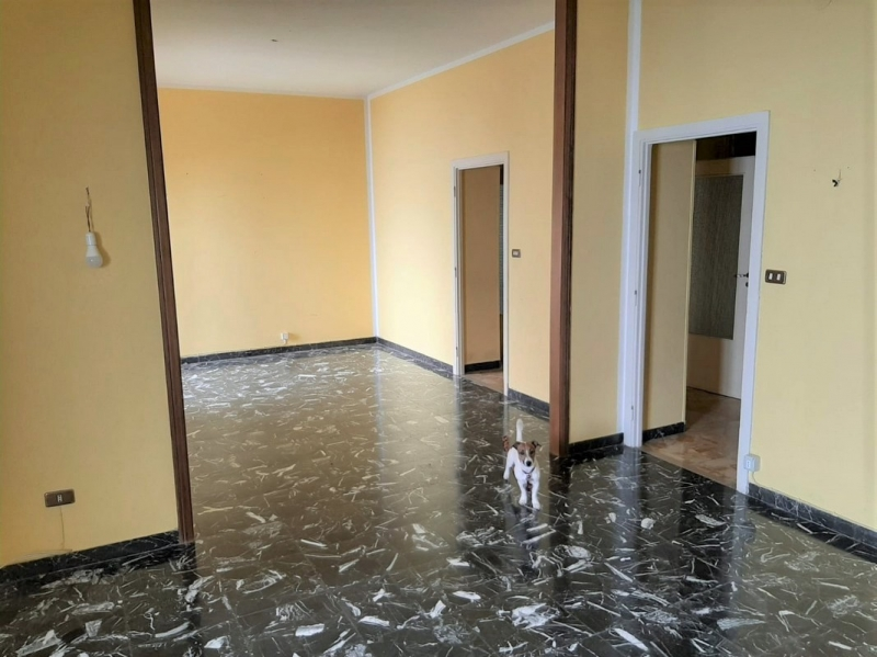 Appartamento in discrete condizioni in vendita Rif. 11519161