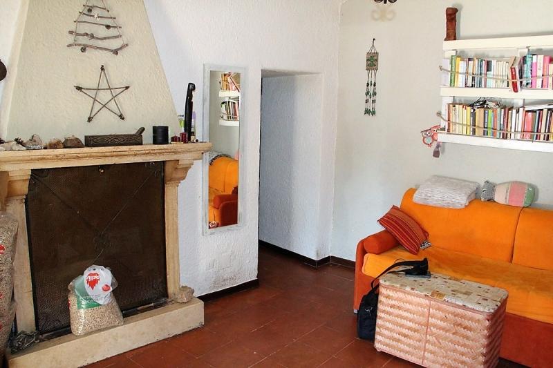 Baschi - Vendesi abitazione semindipendente con giardino e terrazza ai piedi del paese di Baschi