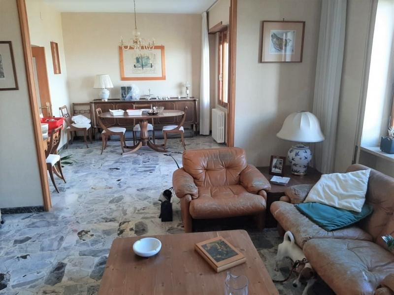 Appartamento da ristrutturare in vendita Rif. 11561923