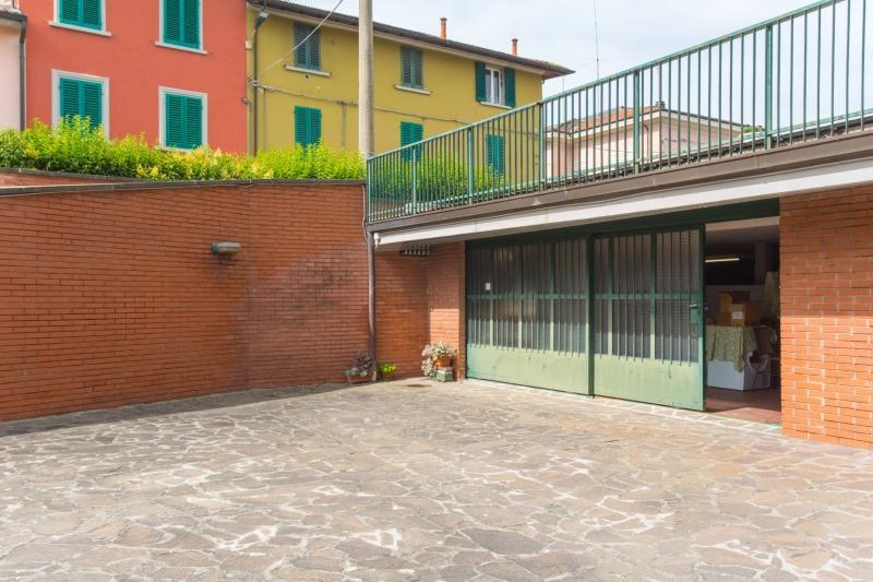 Magazzino in Vendita a Montecatini-Terme